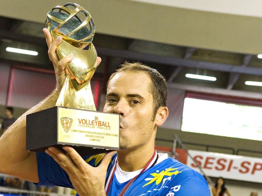 Em sua volta ao Brasil, levantador Ricardinho conduz o Vôlei Futuro ao primeiro título paulista da história do clube
