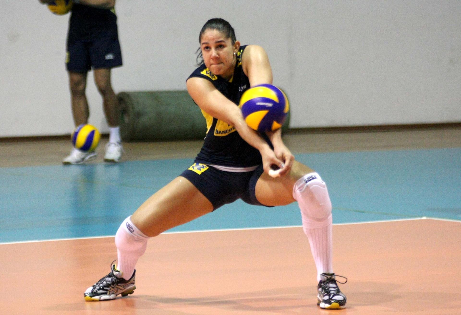 Natália, jogadora da Unilever e da seleção brasileira (03/06/2011